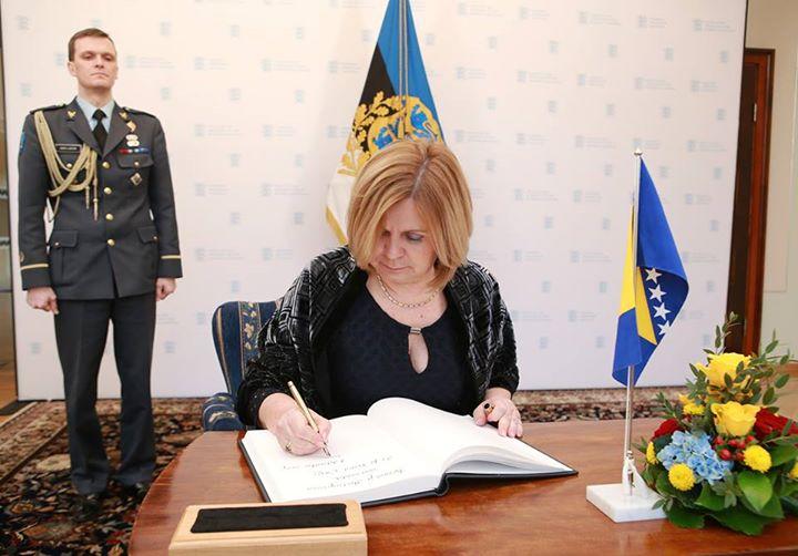 Veleposlanica Bosne i Hercegovine Vesna Ćužić predala vjerodajnice predsjedniku Republike Estonije Toomasu Hendriku Ilvesu
